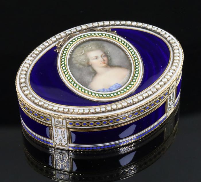 Miniature Portrait Inset Oval Snuff Box